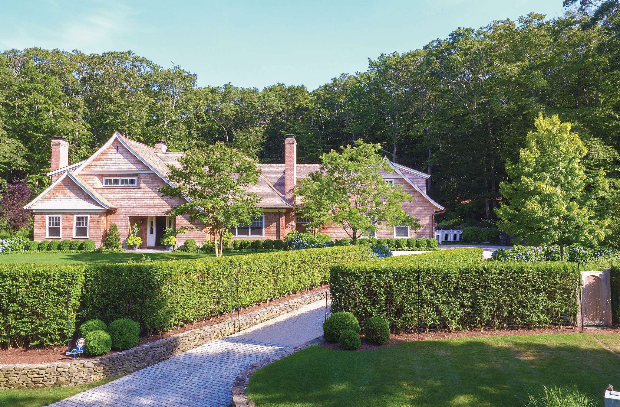 East Hampton and Amagansett: High-Profile Residents Living ...