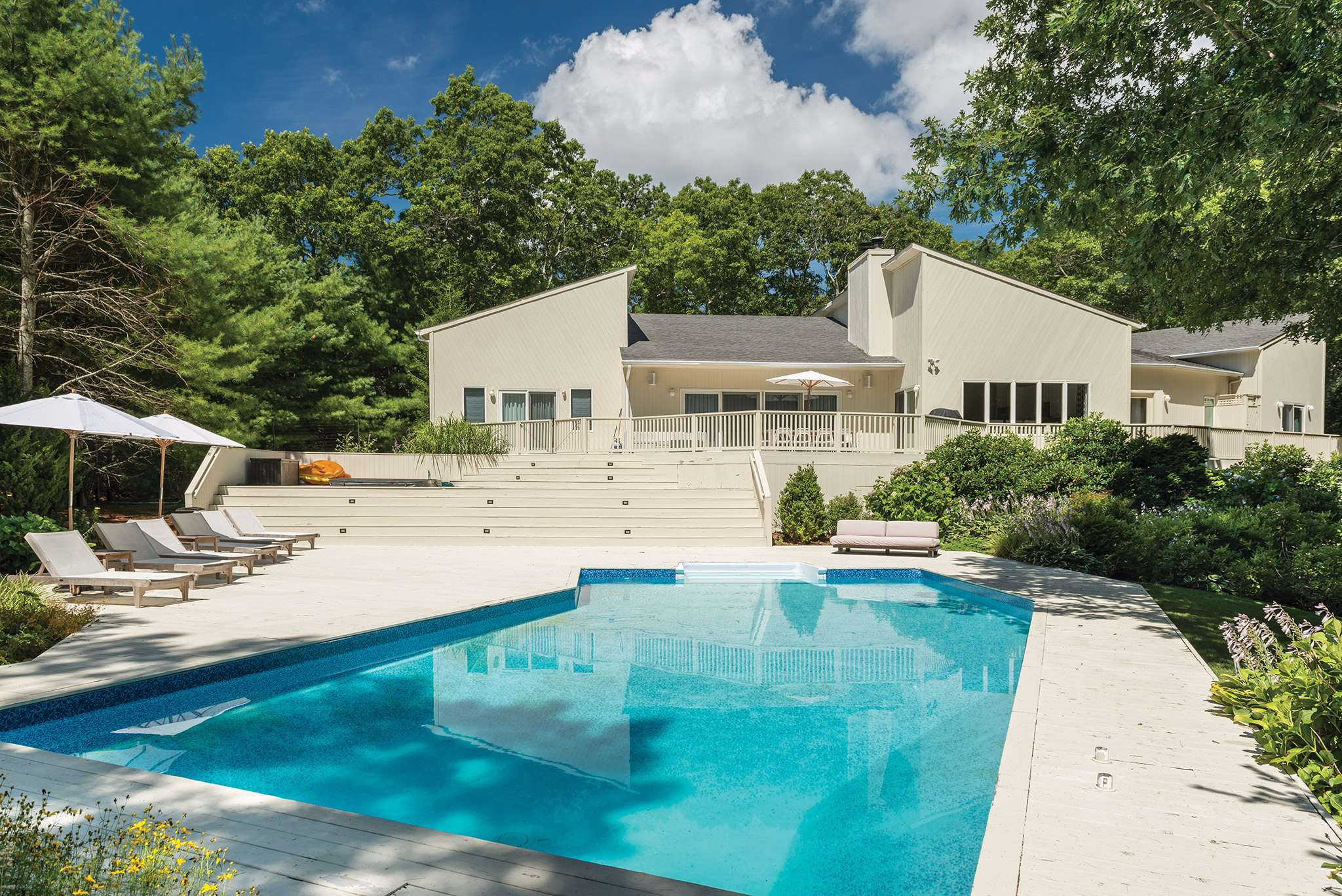 Single Family Home for Sale at Turnkey Sanctuary In Near Northwest 135 Bull Path, East Hampton, New York